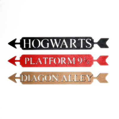 Hogwarts, Platform 9 3/4 and Diagon Alley Wooden Arrow Signs