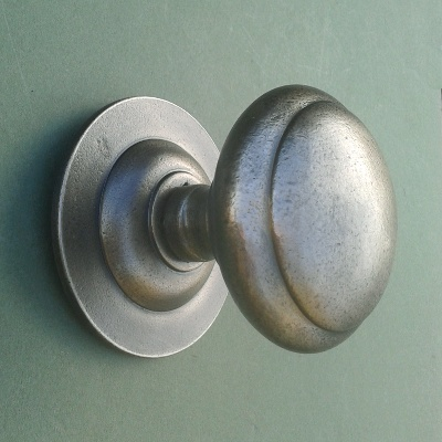Antique Pewter Centre Door Pull